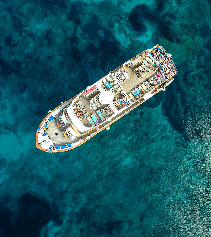 Chartering yachts paphos
